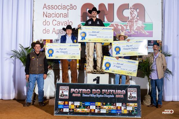 Potro do Futuro ANCA BVEH 2019 - Campeões Non Pro Fundo Millionaire